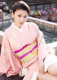 Sexy J. Minako Uchida.