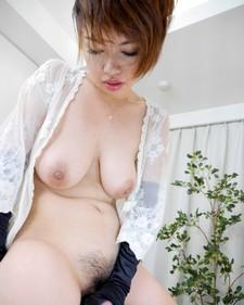 Arisa Suzuki.