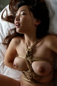 Asian girls: Bondage pictures