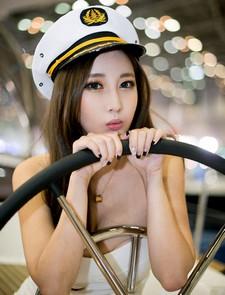 The next pack of Korean model Shin Se Ha's new photos. The events Shin Se Ha..