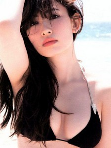 Here is the second photo update pack of Japanese model Haruna Kojima (114 pictures)...