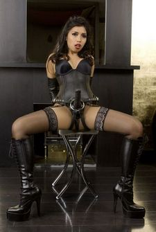 Asian girls: Latex pictures